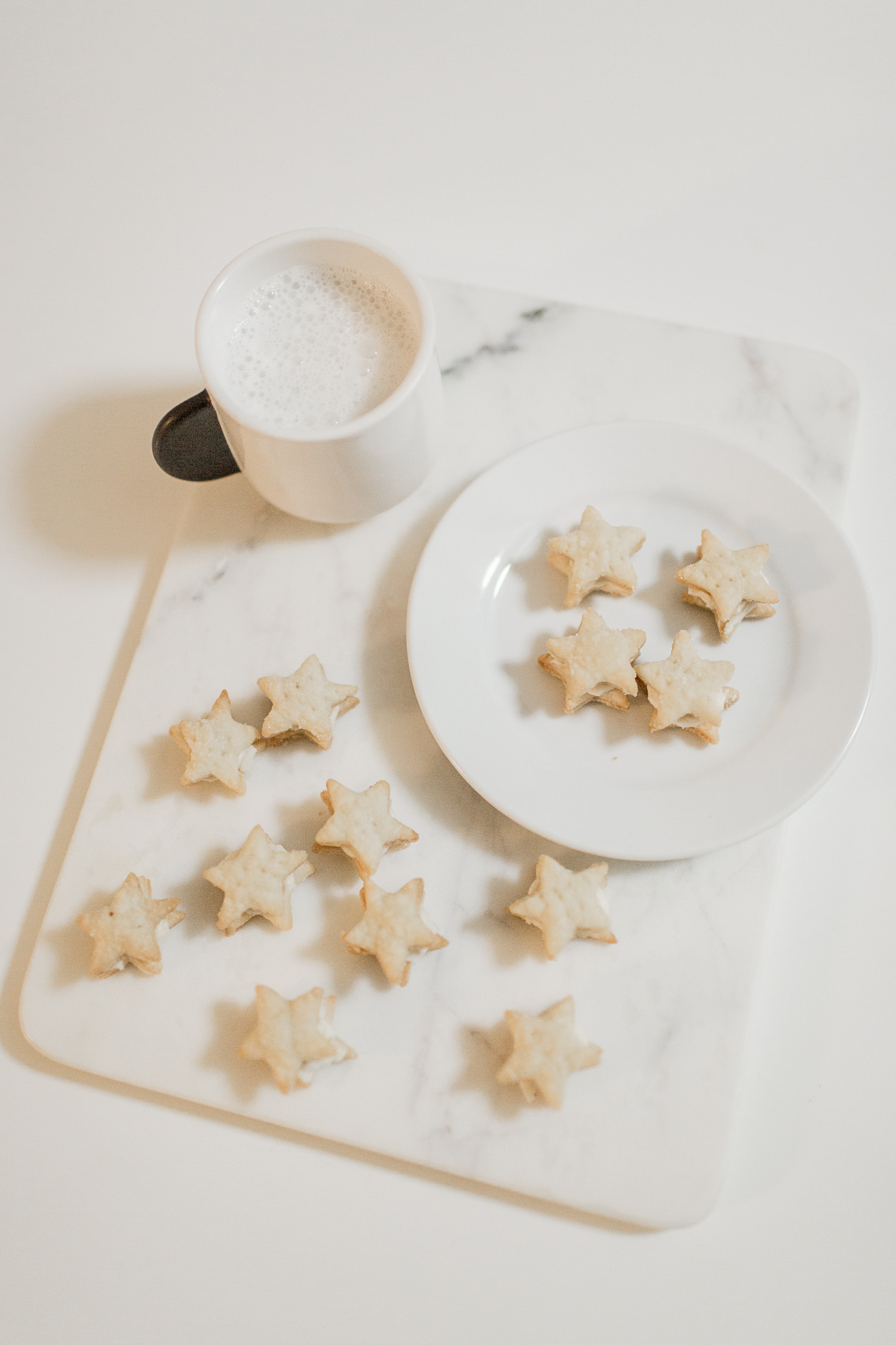 Recipe: Vegan Swedish Cream Wafer Cookies - Perfect for Santa!