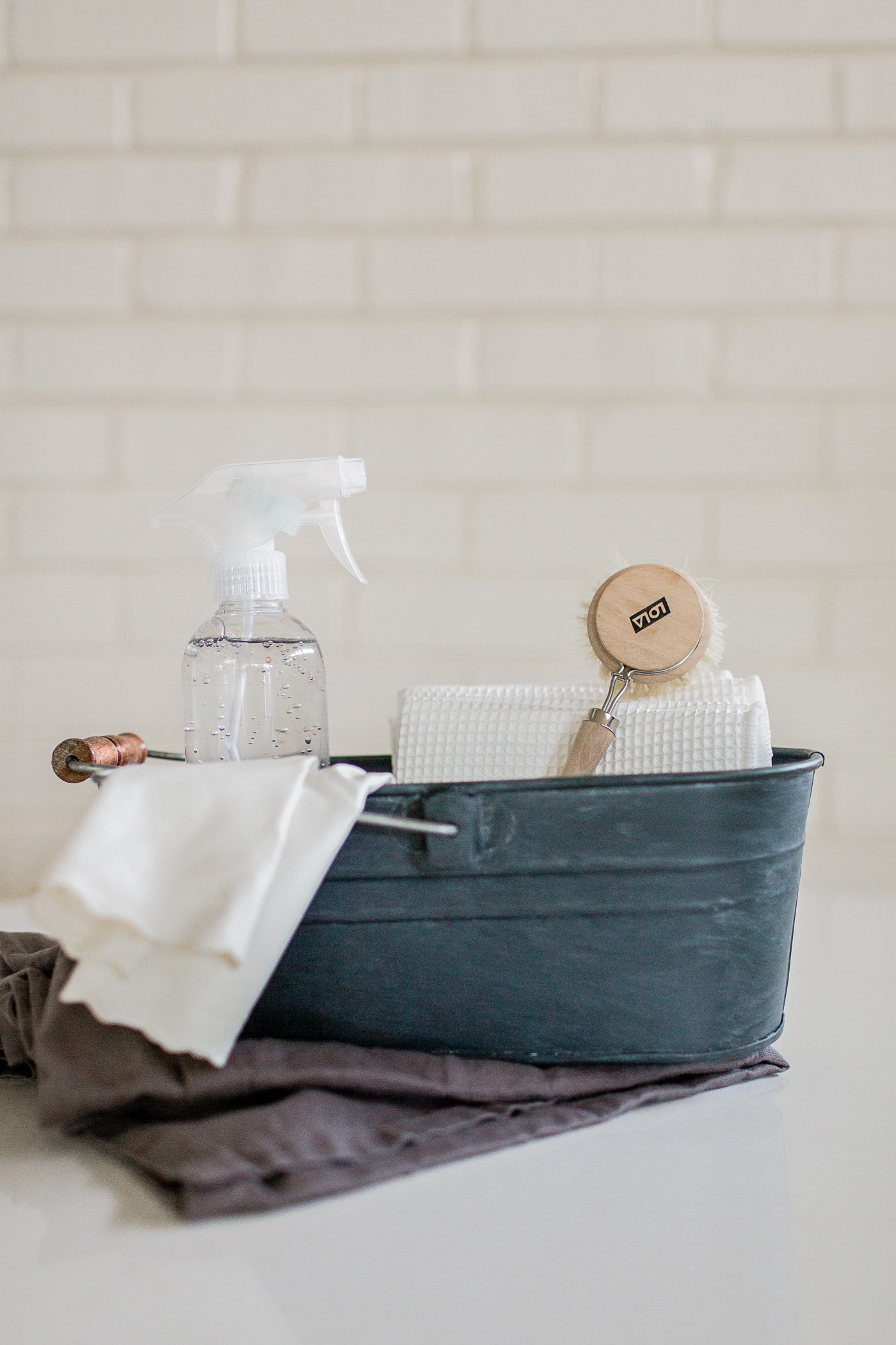 Pretty Cleaning Supplies & A Checklist